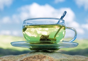 Green tea before breakfast